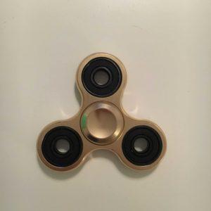hand-spinner-metal-classique-dore2